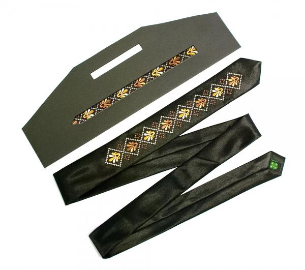 Вузький галстук з вишивкою Дельта