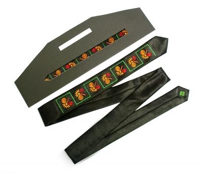Вузький галстук з вишивкою Епсілон