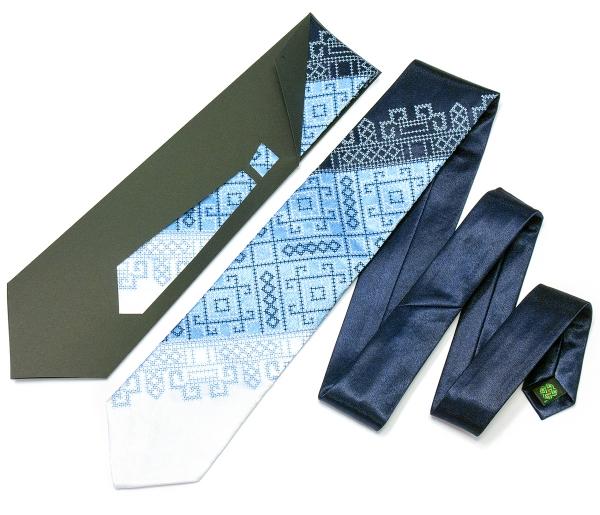 Краватка з вишивкою Синє Тріо