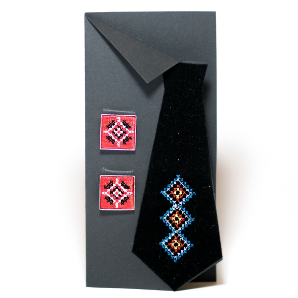 Вишиті запонки з орнаментом (червоні)