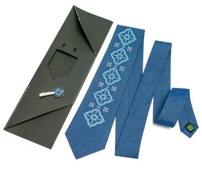 Вишита краватка та зажим Вербан