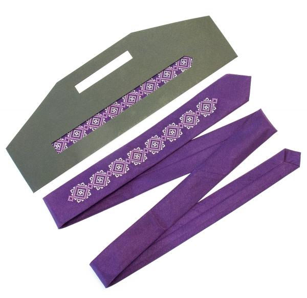 Тонка вишита краватка Седун