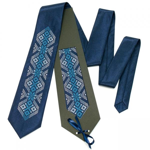 Вишита краватка Осока