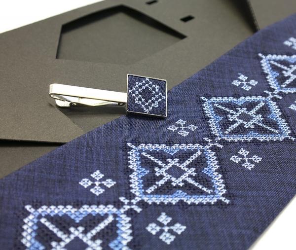 Вишита краватка з зажимом Ярун