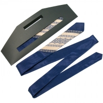 Тонка оригінальна вишита краватка №655