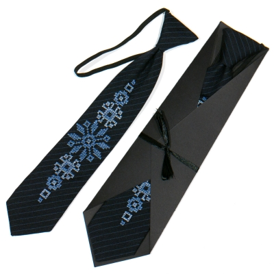 Дитяча вишита краватка №776