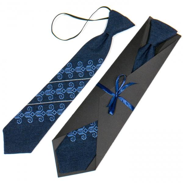 Дитяча вишита краватка №779