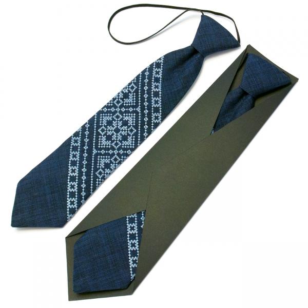 Дитяча вишита краватка №597
