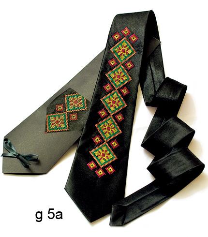 Галстук з вишивкою Чорнотур
