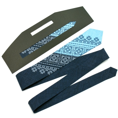 Вузька вишита краватка Сніжко