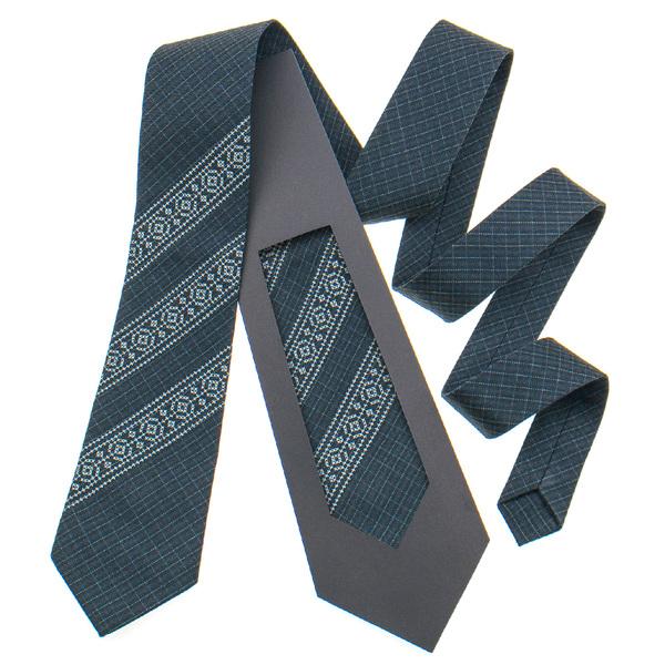 Класична краватка з вишивкою №838