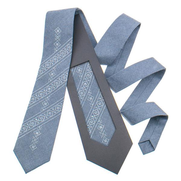 Класична краватка з вишивкою №849