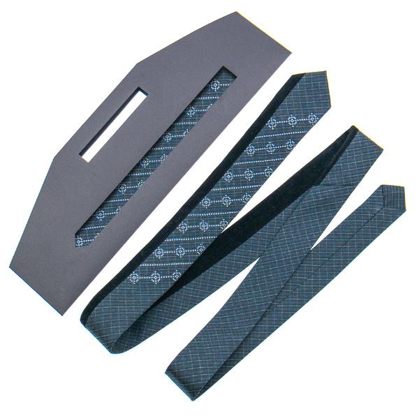Оригінальна краватка з вишивкою №842