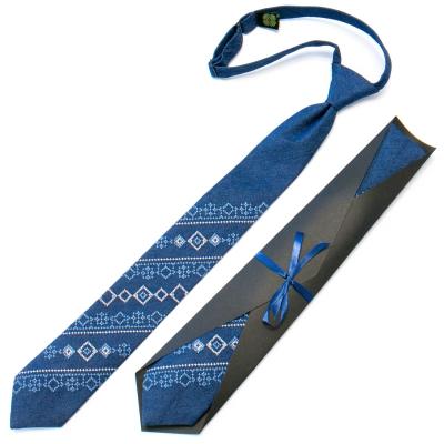 Підліткова джинсова краватка з вишивкою №710