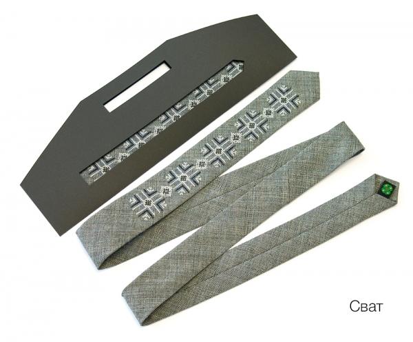 Вузький галстук з вишивкою Сват