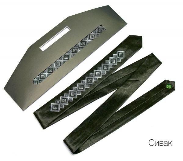 Вузький галстук з вишивкою Сивак