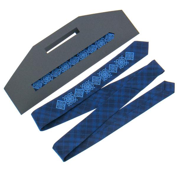 Вузька краватка з вишивкою №918