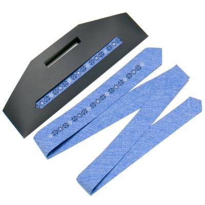 Вузька вишита краватка №760