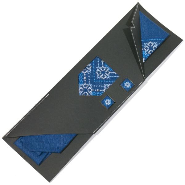 Вишитий набір з льону. Краватка із запонками №697