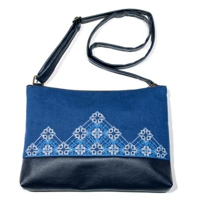 Вишита сумка на плече №694