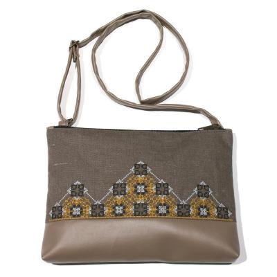 Вишита сумка на плече №695