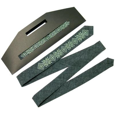 Модна тонка вишита краватка №661