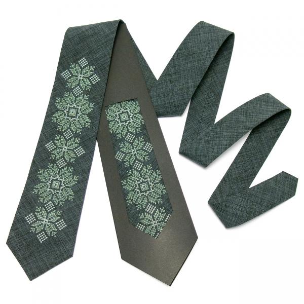 Модна вишита краватка №665
