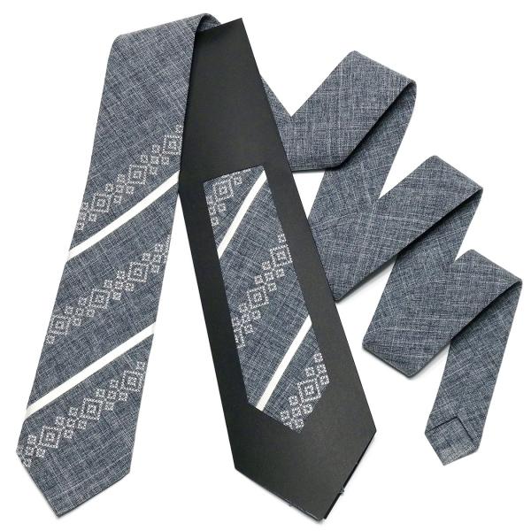 Оригінальна вишита краватка №756