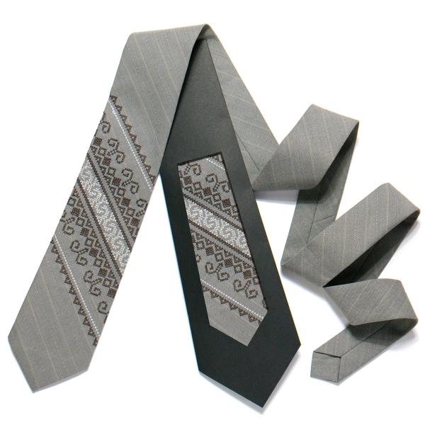 Вишита краватка №724