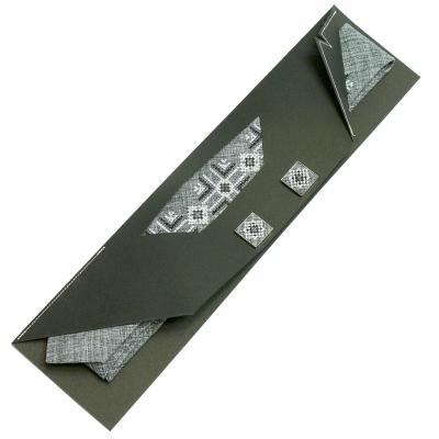 Вузька вишита краватка із запонками Симій