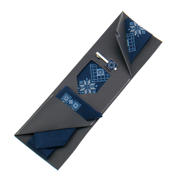 Вишита краватка з хустинкою та зажимом №853