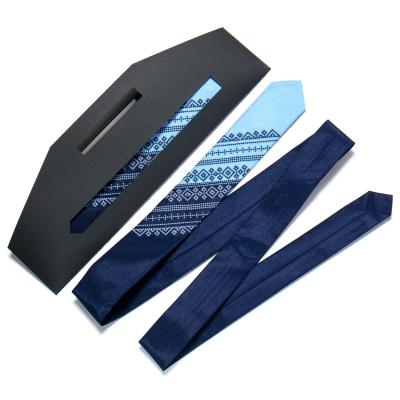 Галстук з вишивкою Синьо-блакитний дует (вузький)